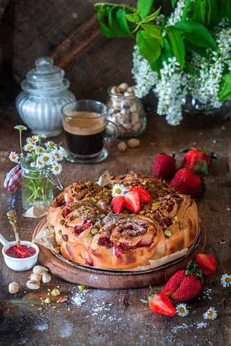 Strawberry and pistachio rolls