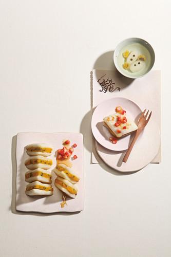 Baesuk (pear dessert with honey, Korea)