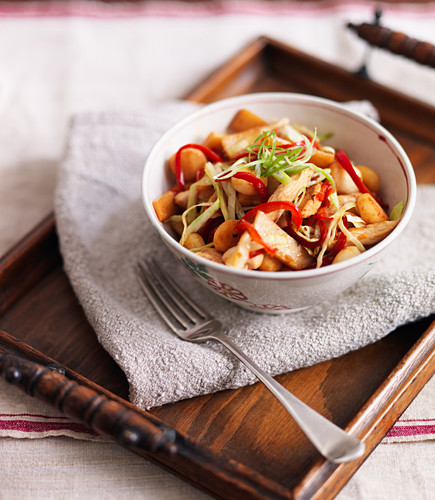 Chicken with chillies, peppers and spring onions