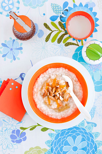 Rolled rice porridge