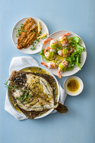 Plaice fillets in an aromatic coating, sole rolls with prawns and leek, turbot with anchovy sauce