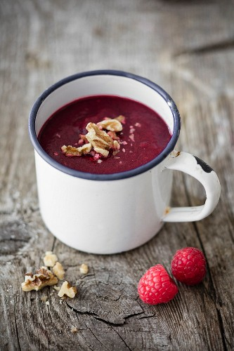 Beetroot soup with raspberries