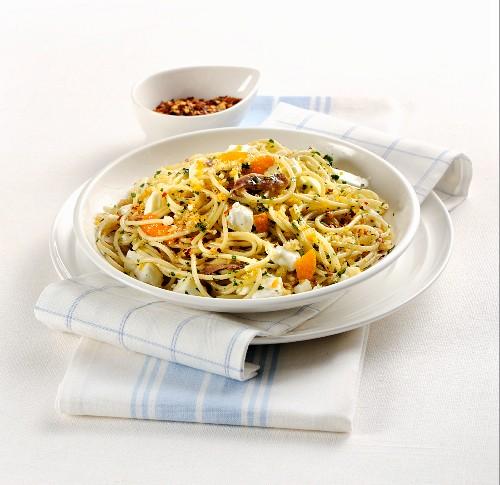 Spaghetti all'acciuga (Nudeln mit Anchovis, Italien)