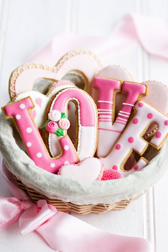 Gift basket of Valentine cookies