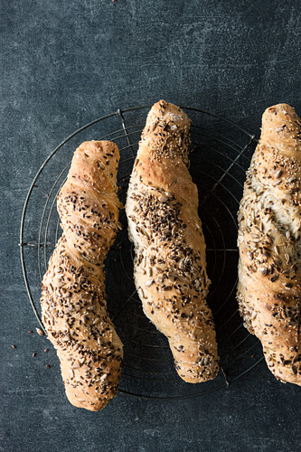 Seeded bread twists