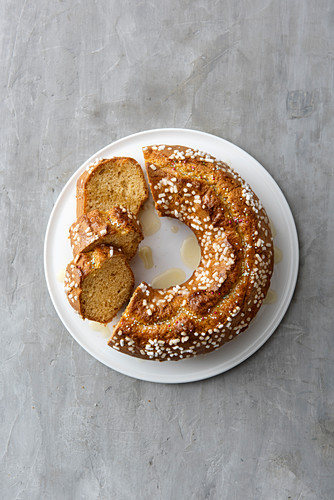 Berlingozzo (cake made with olive oil, anise liqueur and Vin Santo, Italy)