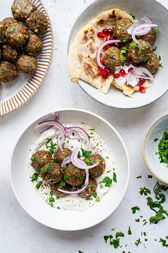 Lamb meatballs with naan and pomegranates