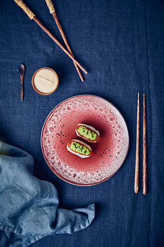 Vegan tomato 'tuna' nigiri with wasabi cream