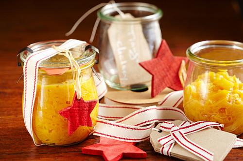 Homemade mango chutney (Christmas gifting)