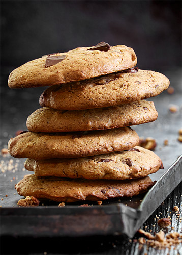 A stack of chocolate chip cookies (close-up)