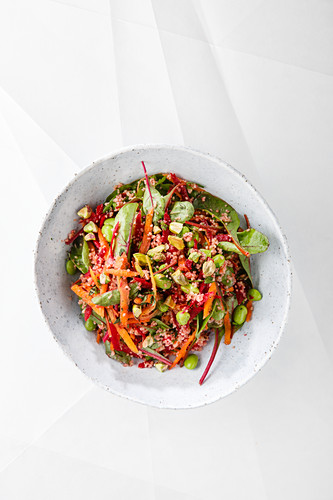 Wintry red and green tabouleh with beetroot