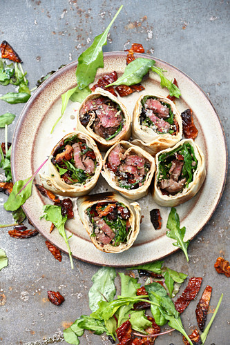 Grilled flank steak wraps