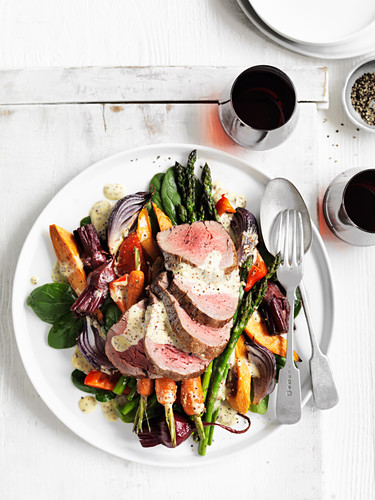 Warm Roast Beef and Vegetable Salad