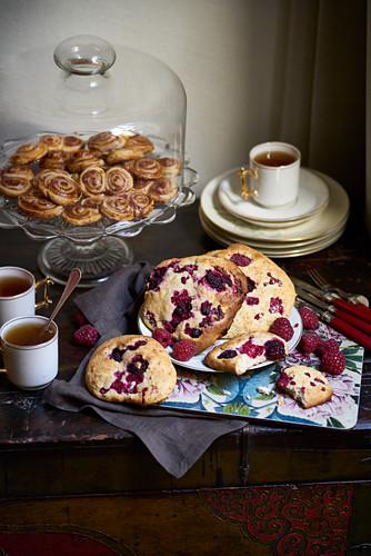 Biscuits with tea