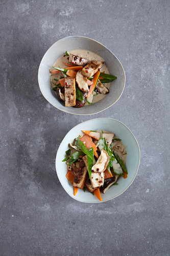 Stir-fried coconut vegetables with tofu