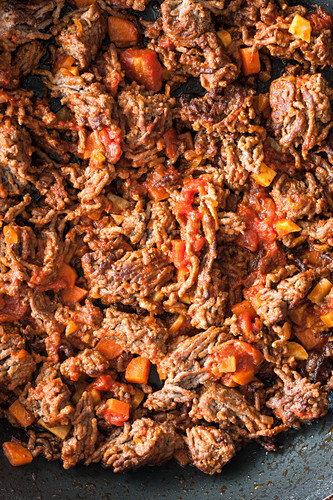Minced meat with carrots