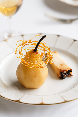 A whisky pear with crispy caramel, and barley malt and whisky Occelli cheese