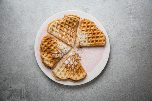 Cinnamon and oat waffles