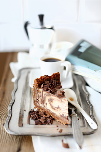Marble Cheesecake with Chocolate Chips