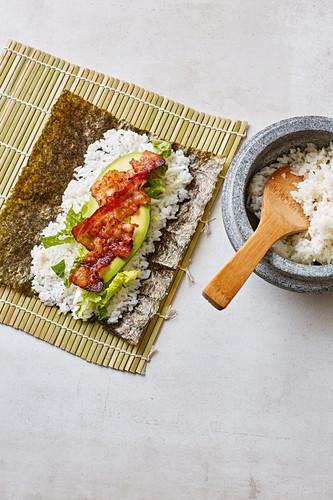 Bacon and lettuce maki with avocado