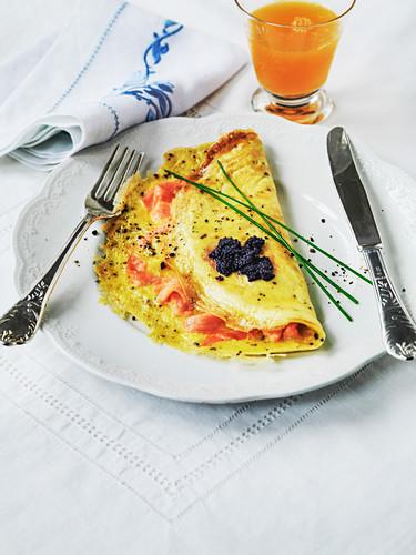 Omelett mit geräuchertem Lachs und Kaviar zum Muttertag
