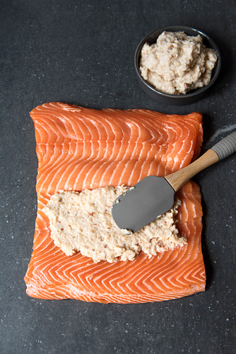 Salmon fillet spread with shrimp cream