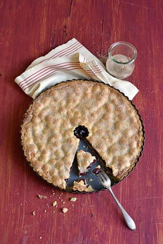 Sauerkirsch-Pie, angeschnitten