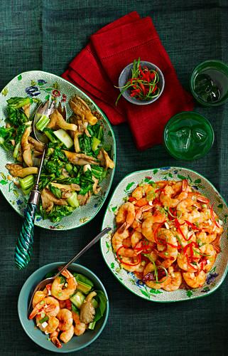 Chinese braised chilli prawns
