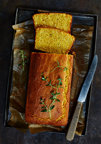 Cornbread with thyme
