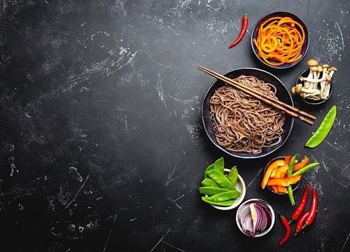 Ingredients for making stir-fried noodles soba