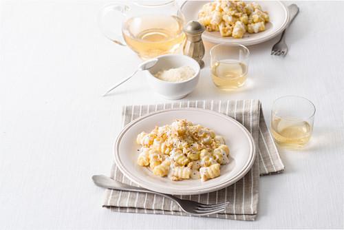 Gnocchi alla bava (gnocchi with fontina and walnuts, Italy)