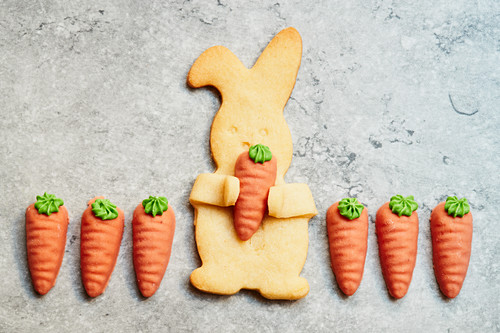 Easter Bunny biscuit with marzipan carrots