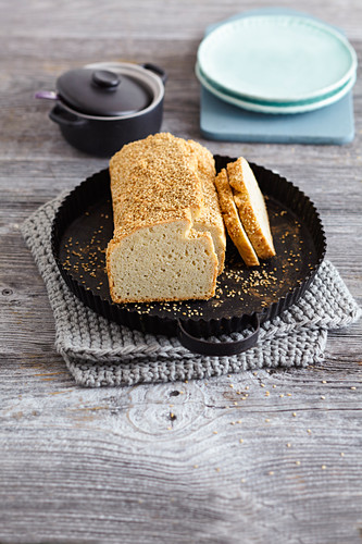 Macadamia bread with coconut (low carb)