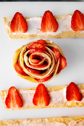 Pancake strips with cream cheese and strawberries
