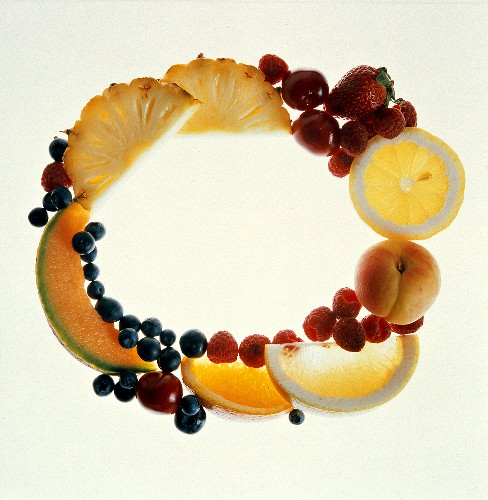 Fruit Forming the Letter O