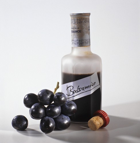 Aceto balsamico and black grapes