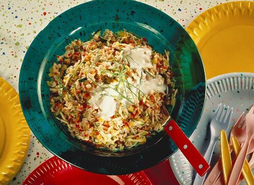 Confetti salad (alphabet pasta salad, poultry & vegetables)