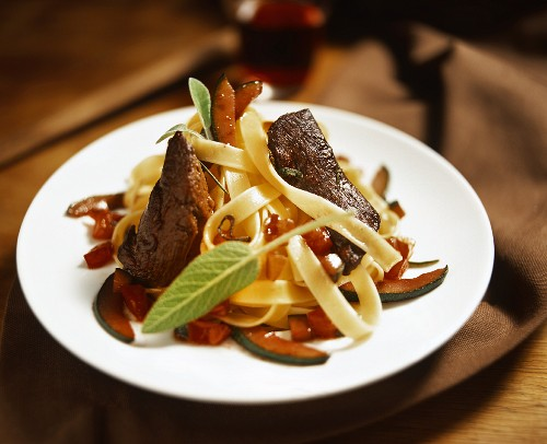 Tagliatelle all'agnello (Ribbon pasta with lamb and vegetables)