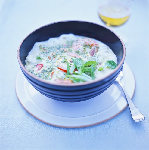 Yoghurt soup with shrimps and herbs