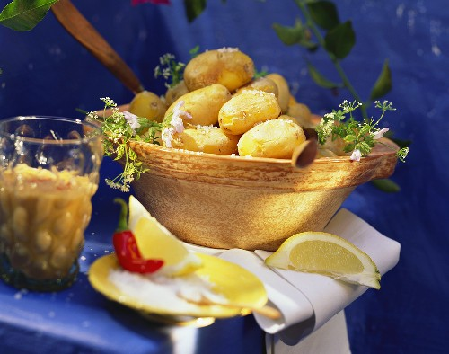 Canarian jacket potatoes with salt and chili sauce