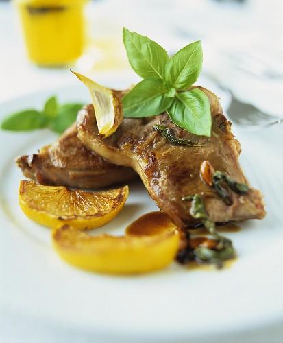 Agnello arrosto (Fried lamb chops with lemon)