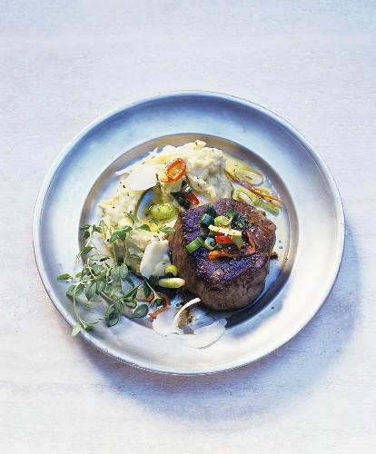 Fillet steak with herb polenta
