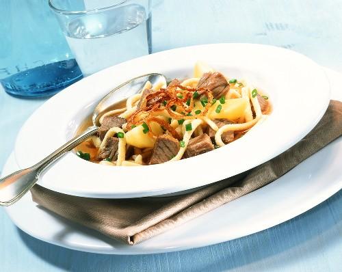 Gaisburger Marsch (stew with meat, potatoes, noodles (spaetzle)