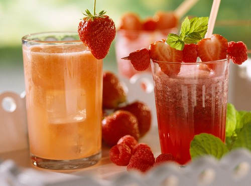 Fitness drink with strawberries & berry & mint juice