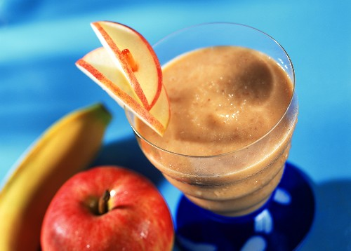 Smoothie with peanut butter and fruit (Night owl pusher)