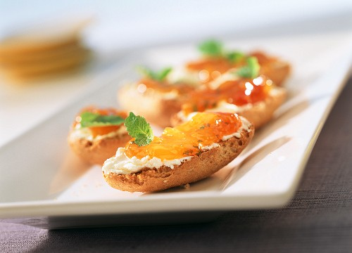 Bread roll with apricot and lemon balm preserve