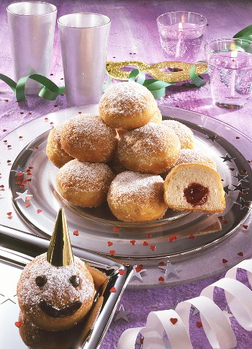 Mini-doughnuts with jam filling for Carnival