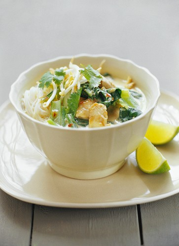 Laksa (glass noodle soup with chicken & coconut milk, Malaysia)