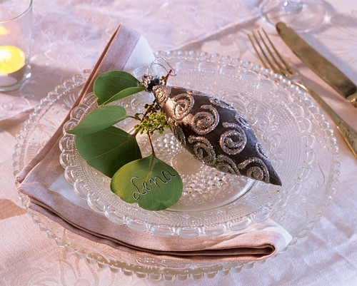 Eucalyptus used as place-card and silver & grey tree ornament