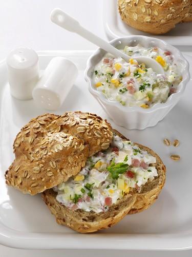 Häckerle light (a light spread of lachsschinken & yoghurt)